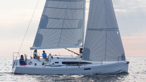 J 112E Elegance Yacht
